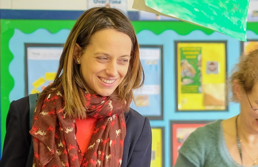 Helen Whately MP visits primary school in Eastling